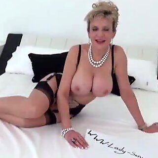 Lady Sonia jiggles her huge tits in your face