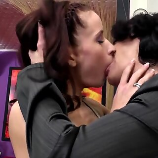 gorgeous mature cougar fucks young not her daughter-in-law