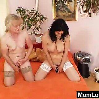 Eager amateur mamma toys pervy shaggy grannie