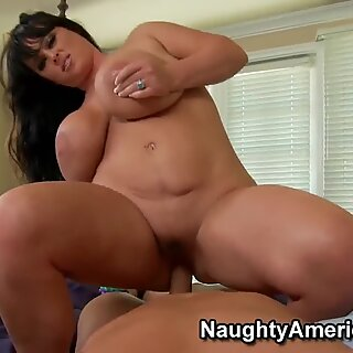 Indianna Jaymes is a fat whore with giant ass, take a look