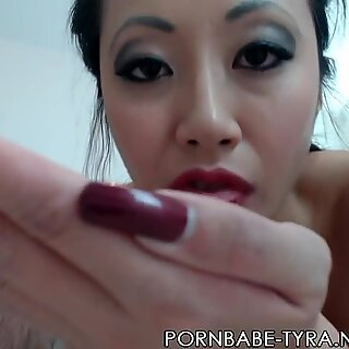super-hot PornbabeTyra throating a cock and riding it off