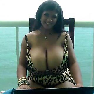 Kristina Milan webcam livechat show