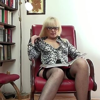 Hot MILF librarian and her old cunt